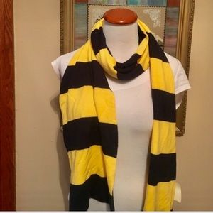 NWT Navy and yellow strip scarf